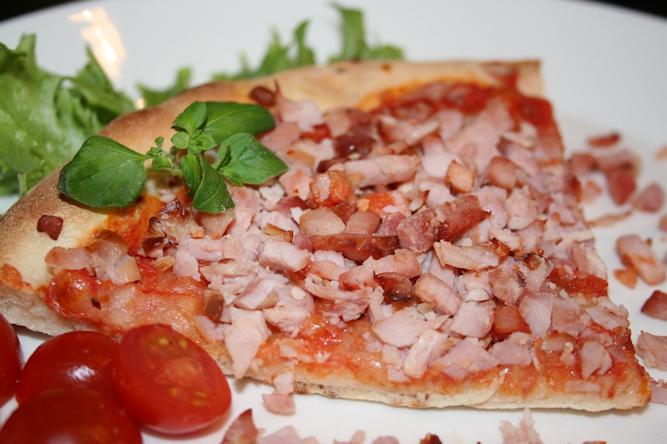 Kinkkupizza extrapalvikinkusta